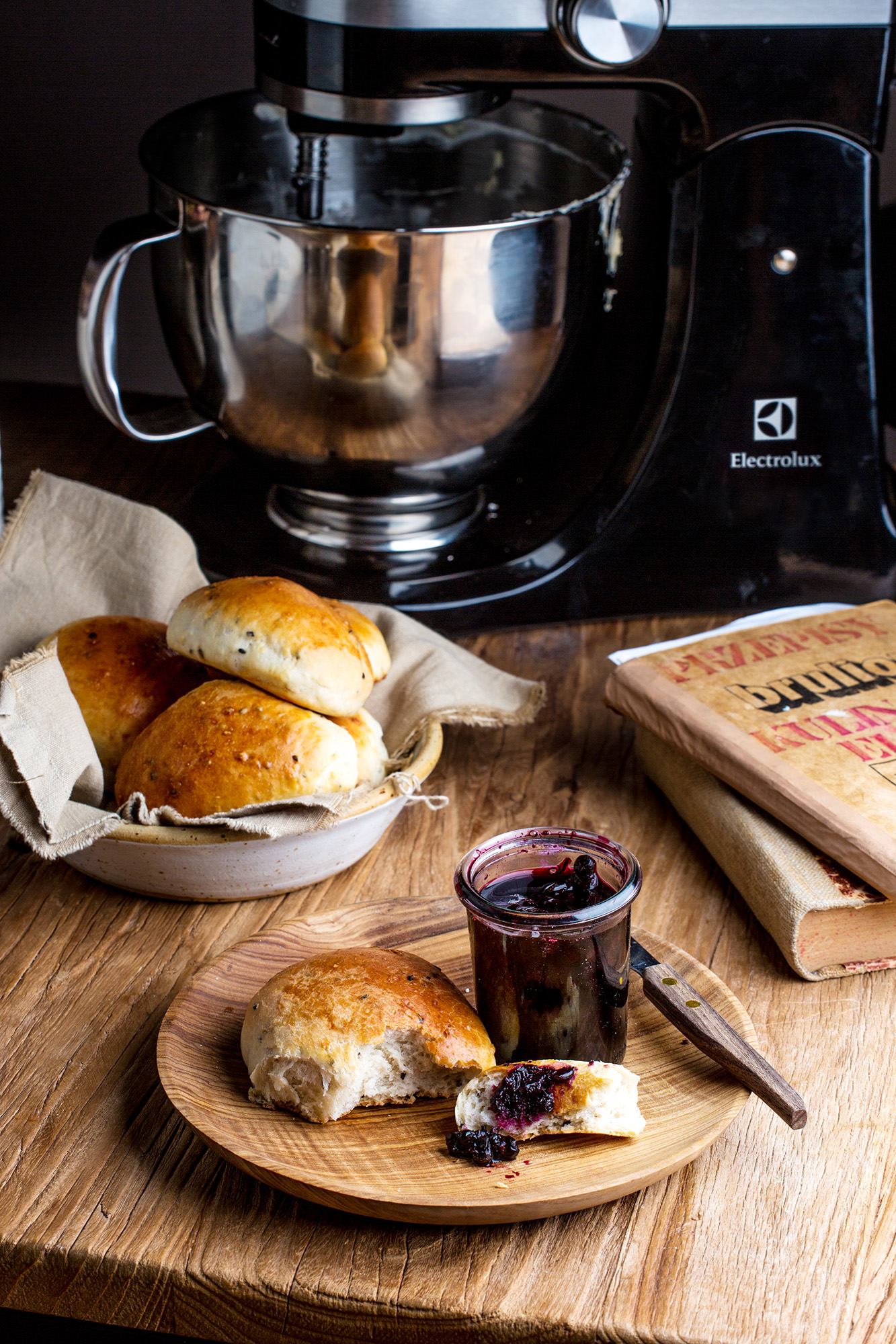 o chlebie bulki przepis ok